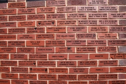 COMMEMORATIVE WALL - order by 22 December